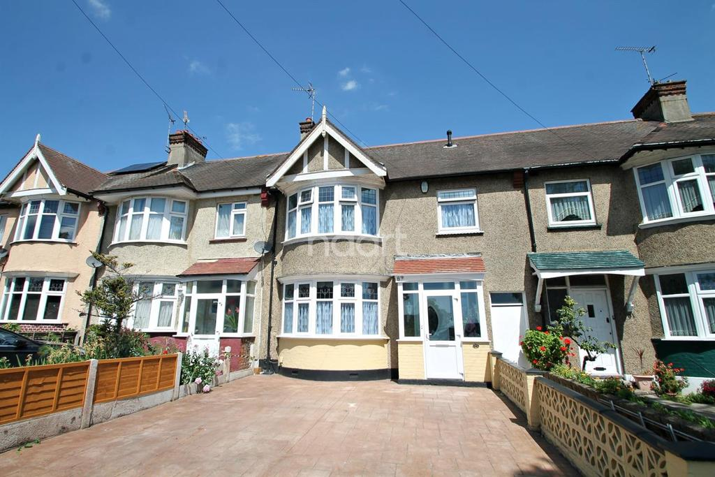 4 Bedrooms Terraced House for sale in Woodgrange Drive, Southend-On-Sea