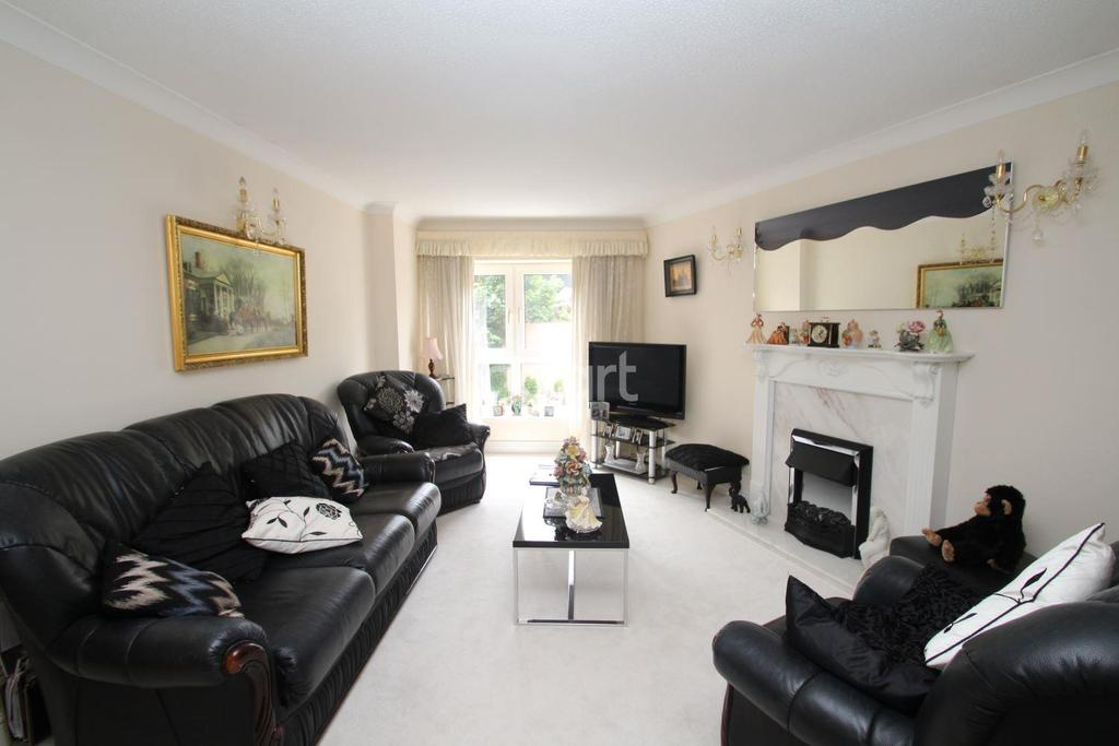 2 Bedrooms Flat for sale in Abbey Road, Torquay