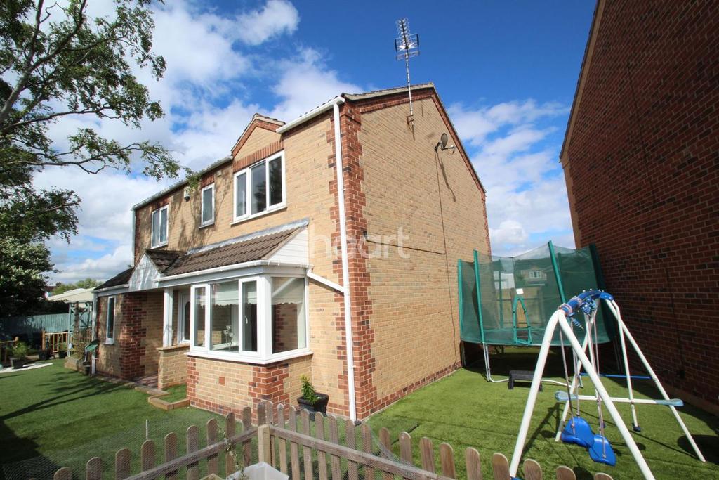 4 Bedrooms Detached House for sale in Kingsmede Moorends