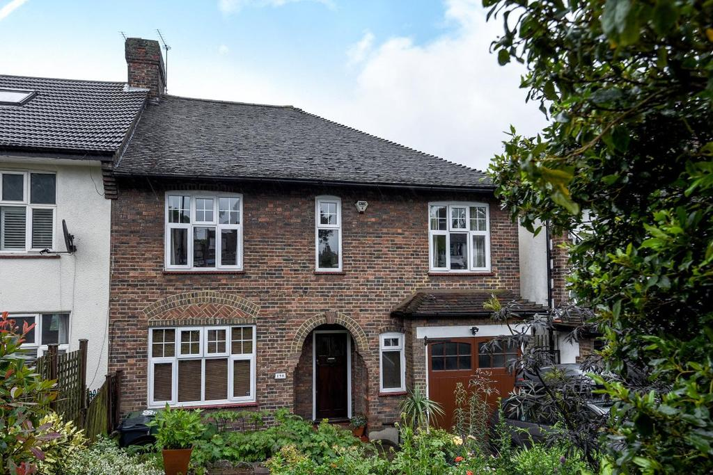 4 Bedrooms Semi Detached House for sale in Leigham Court Road, Streatham, SW16