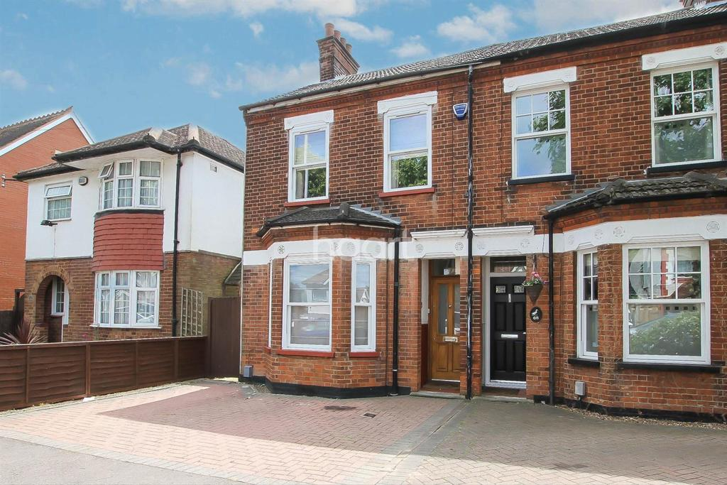 3 Bedrooms Semi Detached House for sale in Limbury Road