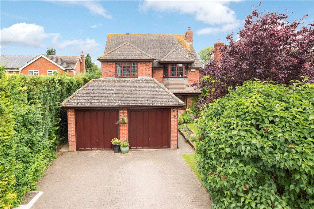 4 Bedrooms Detached House for sale in New Road, Aston Clinton, Aylesbury, Buckinghamshire