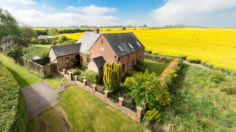 3 Bedrooms Detached House for sale in Chapel House, Littleworth, Faringdon, Oxfordshire