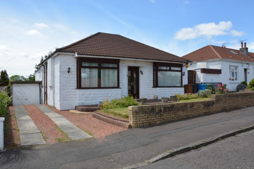 3 Bedrooms Detached House for sale in 20 Clyth Drive, Giffnock, G46 6NW