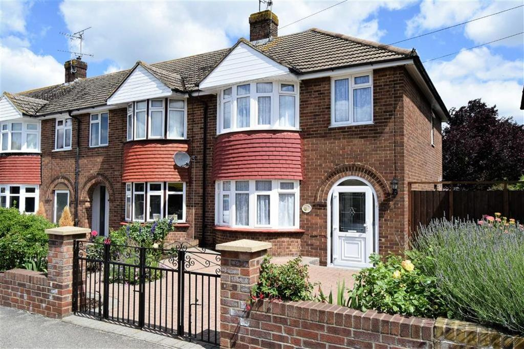 3 Bedrooms End Of Terrace House for sale in Tufton Road, Rainham, Kent, ME8