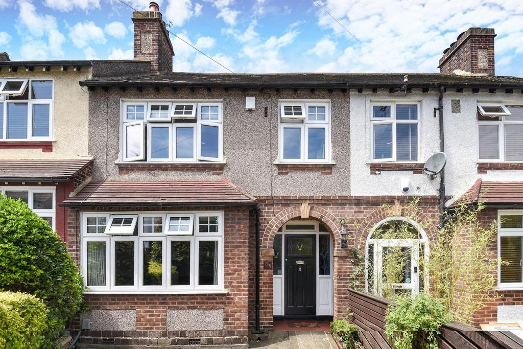 3 Bedrooms Semi Detached House for sale in Milborough Crescent, Lee, SE12