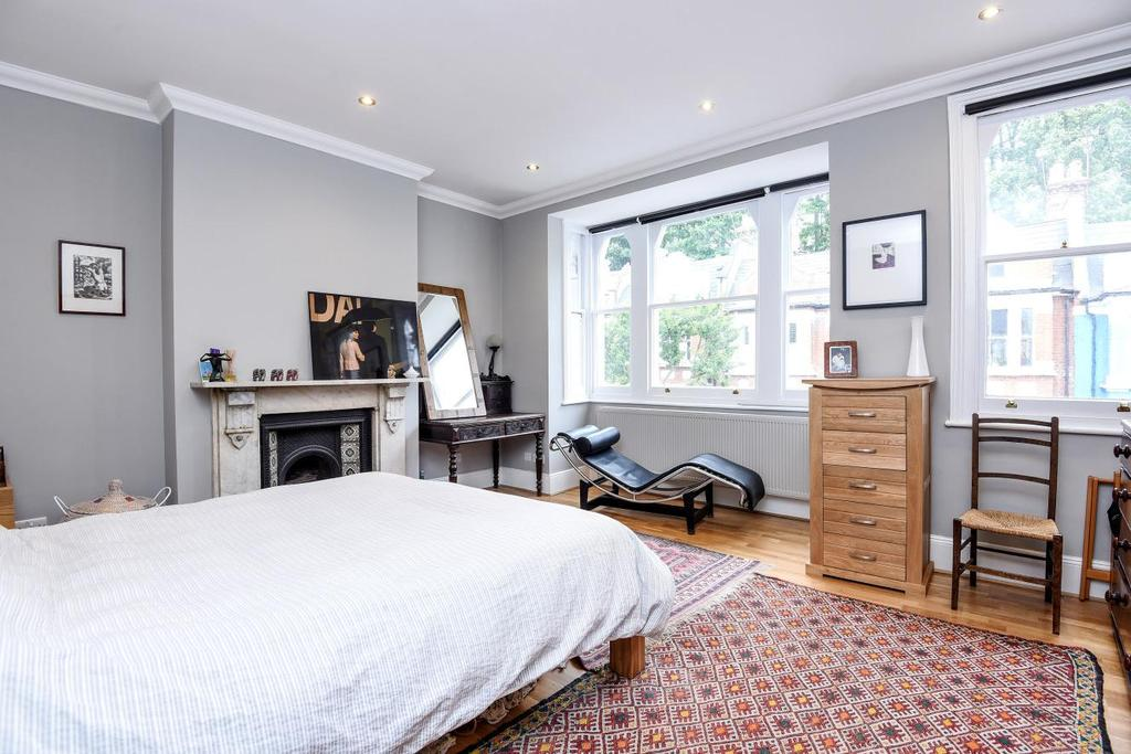 4 Bedrooms Terraced House for sale in Waterlow Road, Archway, N19