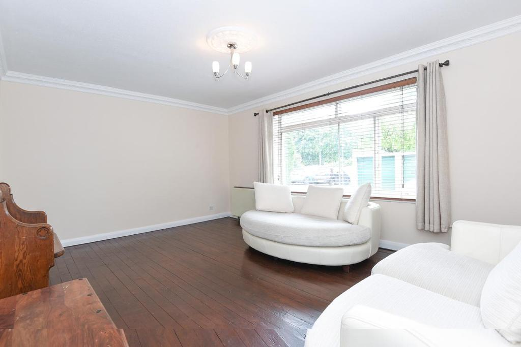 2 Bedrooms Flat for sale in Graham Road, Wimbledon