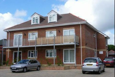 1 bedroom flat to rent - DUNCAN HOOD COURT - SWAYTHLING - UNFURN