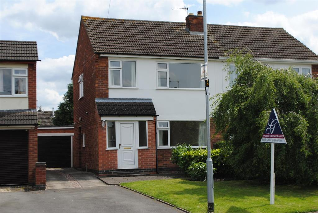 3 Bedrooms Semi Detached House for sale in Ennerdale Road, Barrow Upon Soar