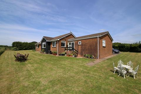 3 bedroom detached bungalow for sale - Stoodleigh, Tiverton