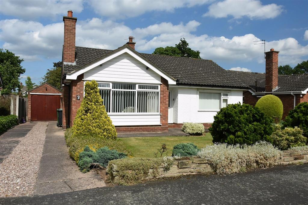 2 Bedrooms Detached Bungalow for sale in Landswood Park, Hartford