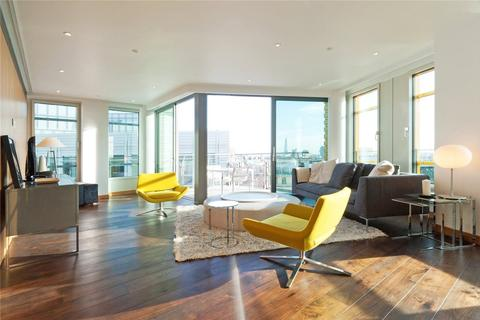 3 bedroom apartment to rent - Central St. Giles Piazza, London, WC2H