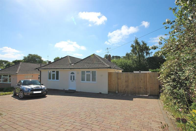 4 Bedrooms Detached Bungalow for sale in Anvil Crescent, Broadstone