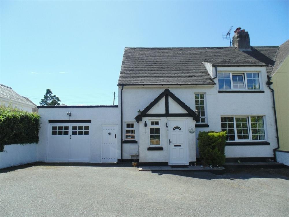 4 Bedrooms Semi Detached House for sale in 66 Uzmaston Road, Haverfordwest, Pembrokeshire