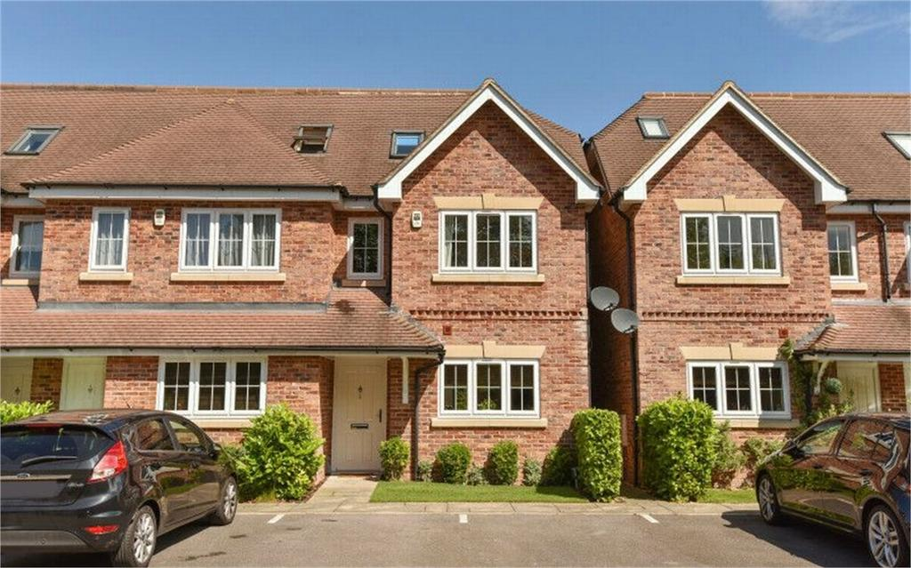 4 Bedrooms End Of Terrace House for sale in Camberley, Surrey