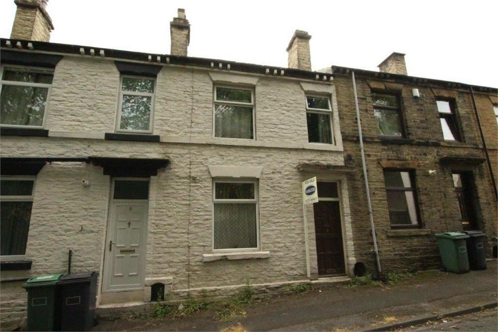 3 Bedrooms Terraced House for sale in 6 Valley Road, CLECKHEATON, West Yorkshire