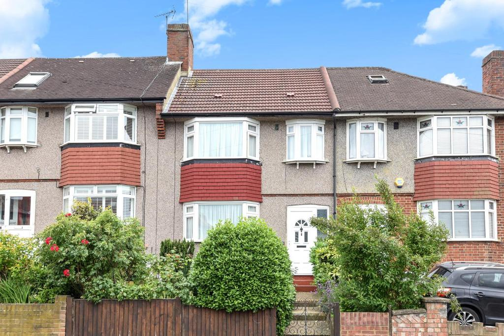 3 Bedrooms Terraced House for sale in Hillcross Avenue, Morden, SM4