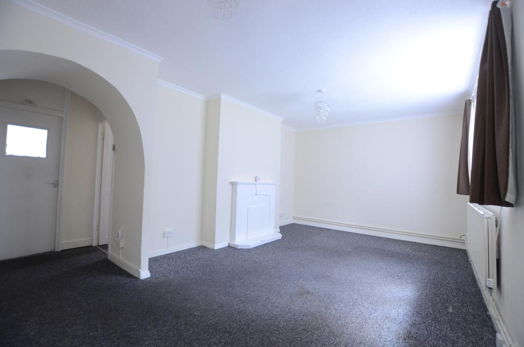 2 Bedrooms Flat for sale in Inglemere Road Forest Hill SE23