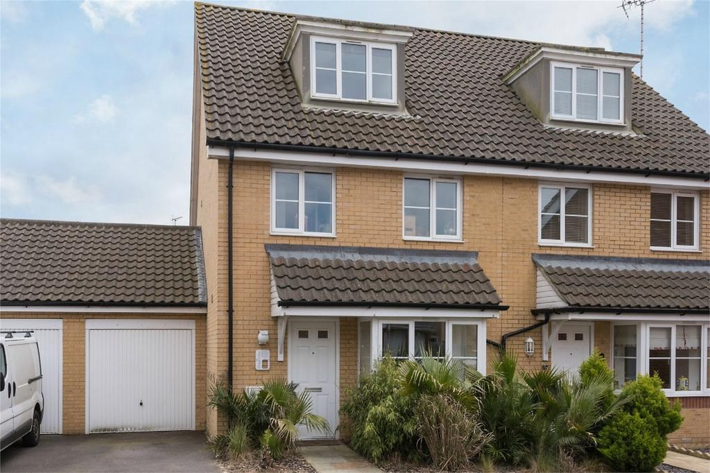3 Bedrooms Semi Detached House for sale in Cheal Way, Wick, Littlehampton, West Sussex