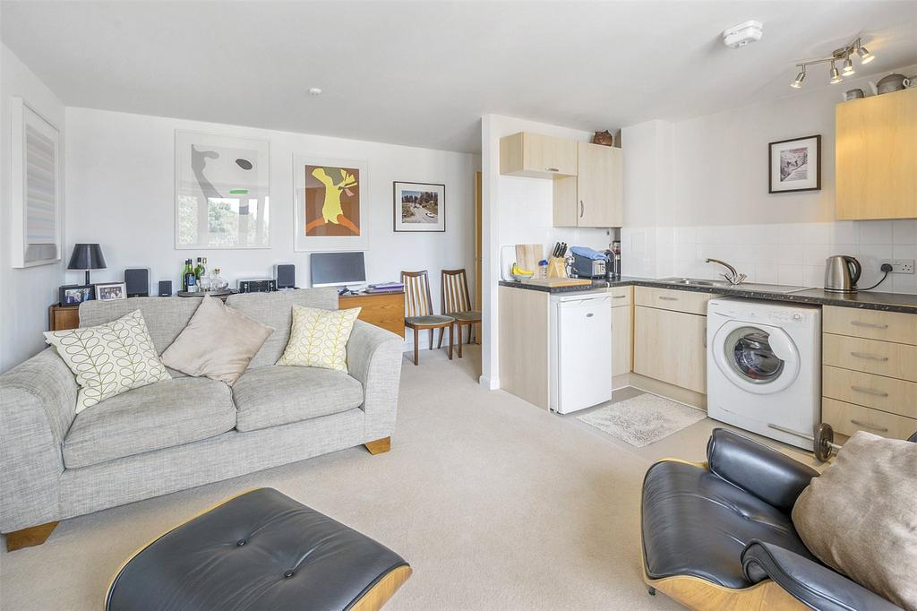 1 Bedroom Flat for sale in Athlone Street, London, NW5