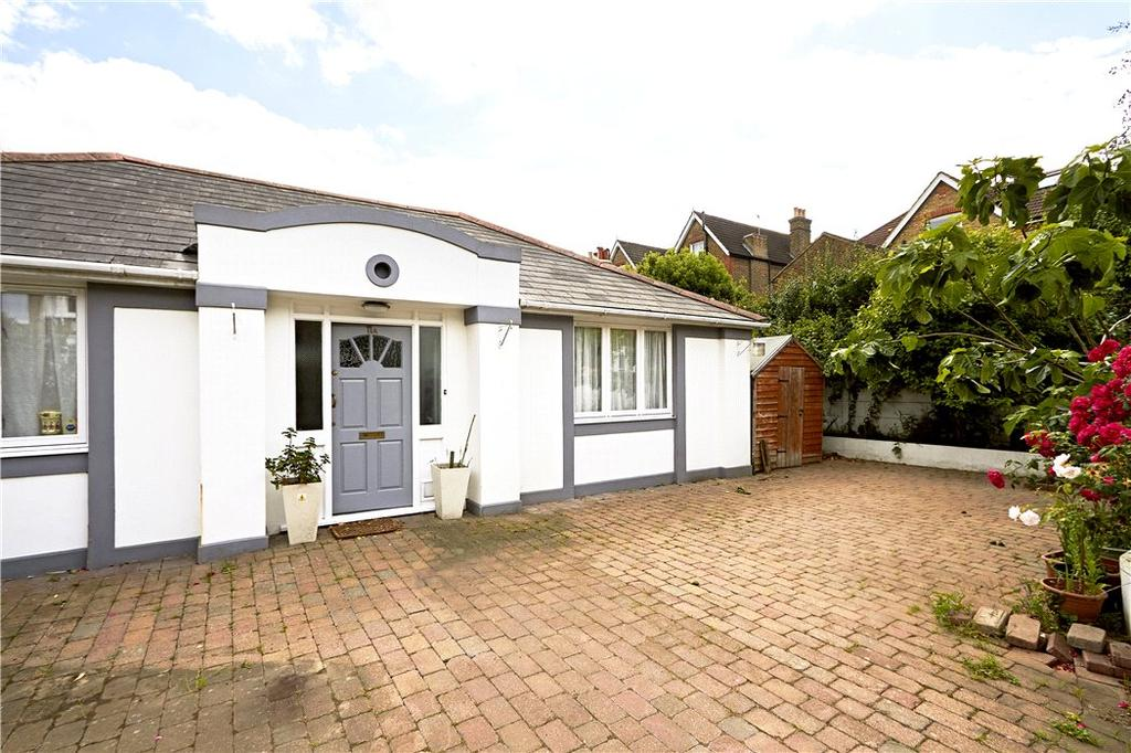 2 Bedrooms Bungalow for sale in Princes Road, Wimbledon, London, SW19