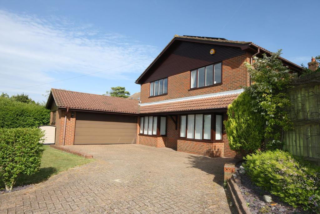 4 Bedrooms Detached House for sale in Norman Road, St Margarets Bay