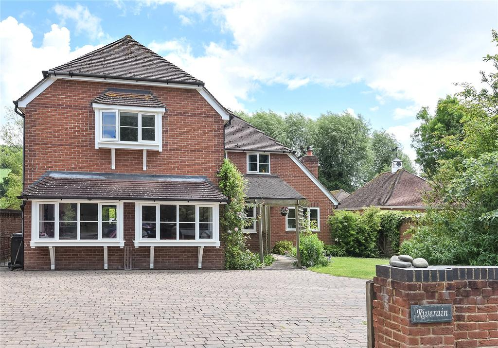 5 Bedrooms Detached House for sale in Riverain, Ogbourne Maizey, Marlborough, Wiltshire