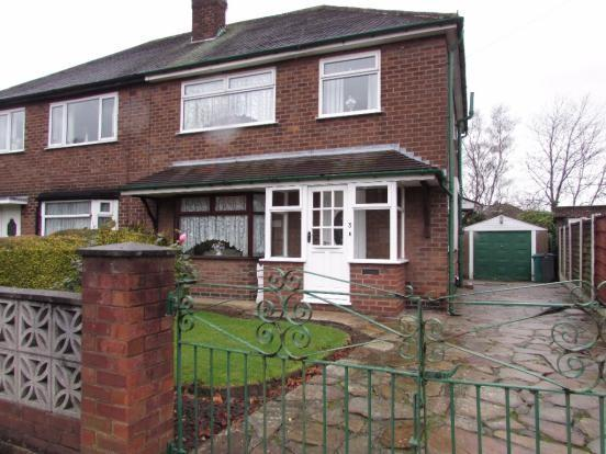 3 Bedrooms Semi Detached House for sale in Dunnisher Road, Manchester