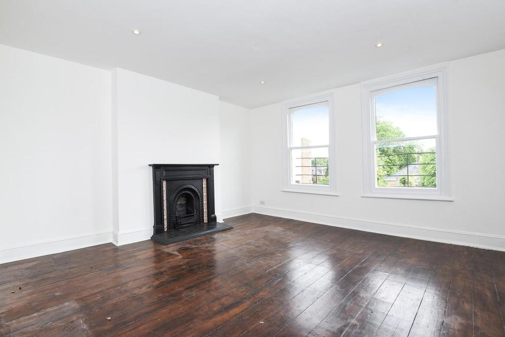 3 Bedrooms Flat for sale in Priory Road, South Hampstead