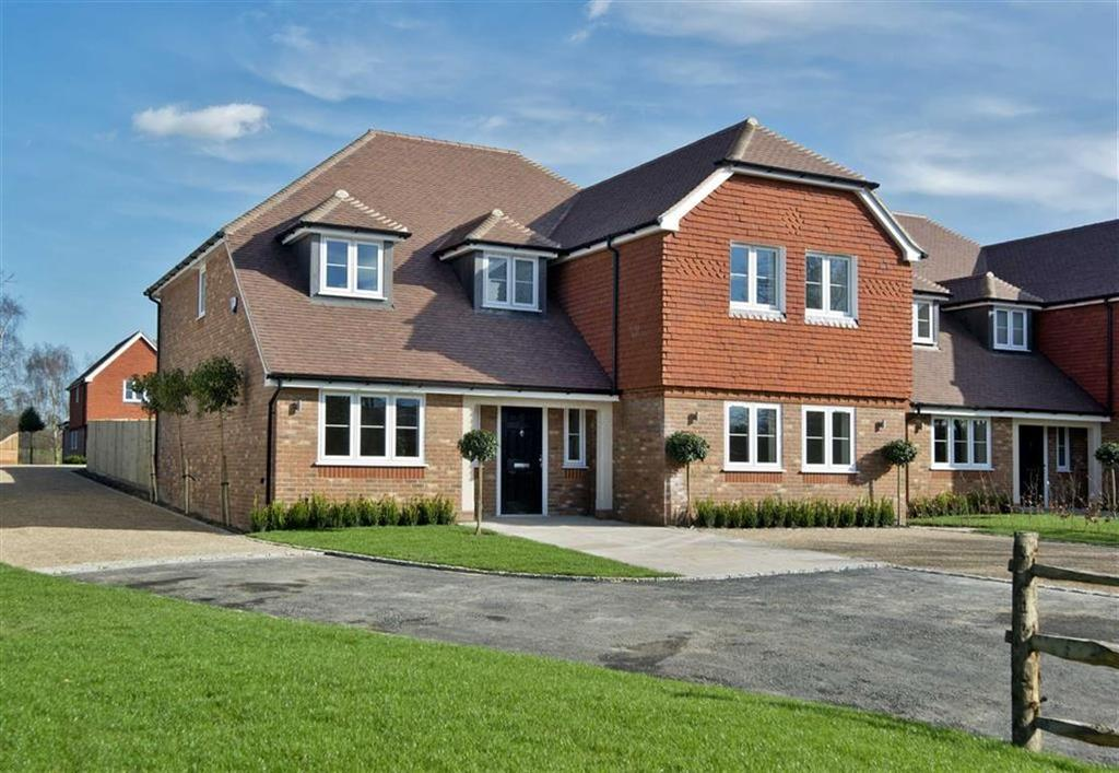 5 Bedrooms Detached House for sale in Addington, Kent
