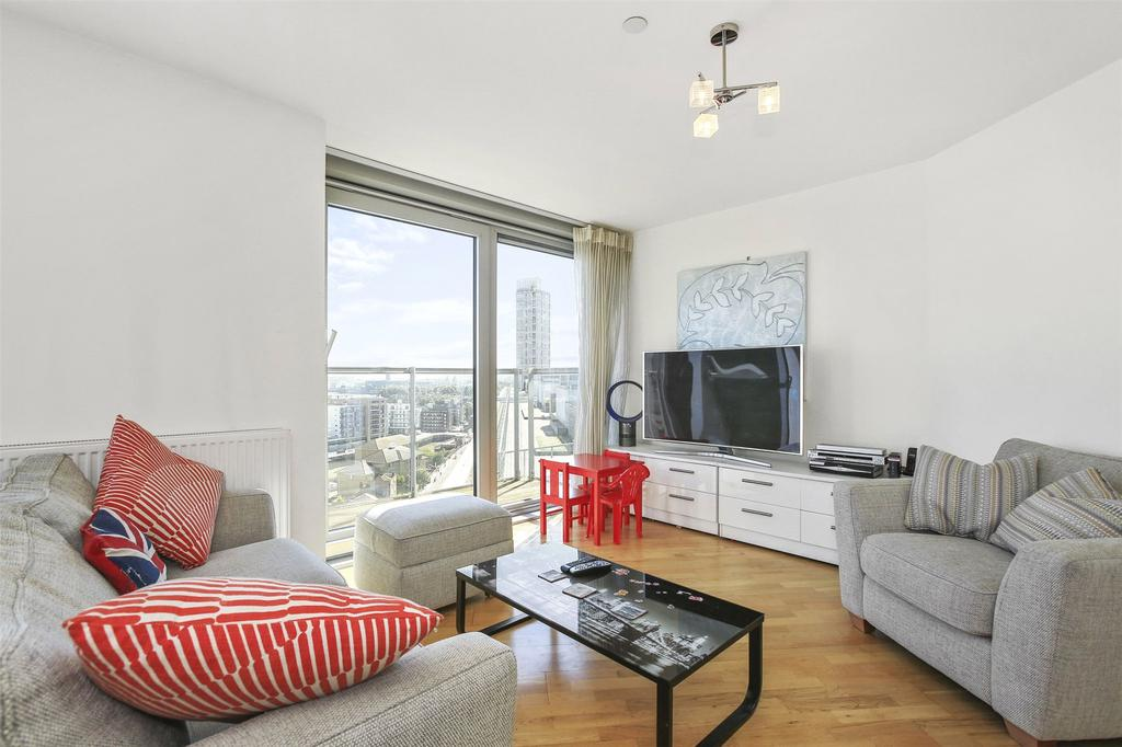 2 Bedrooms Flat for sale in Harmony Place, Deptford, London, SE8