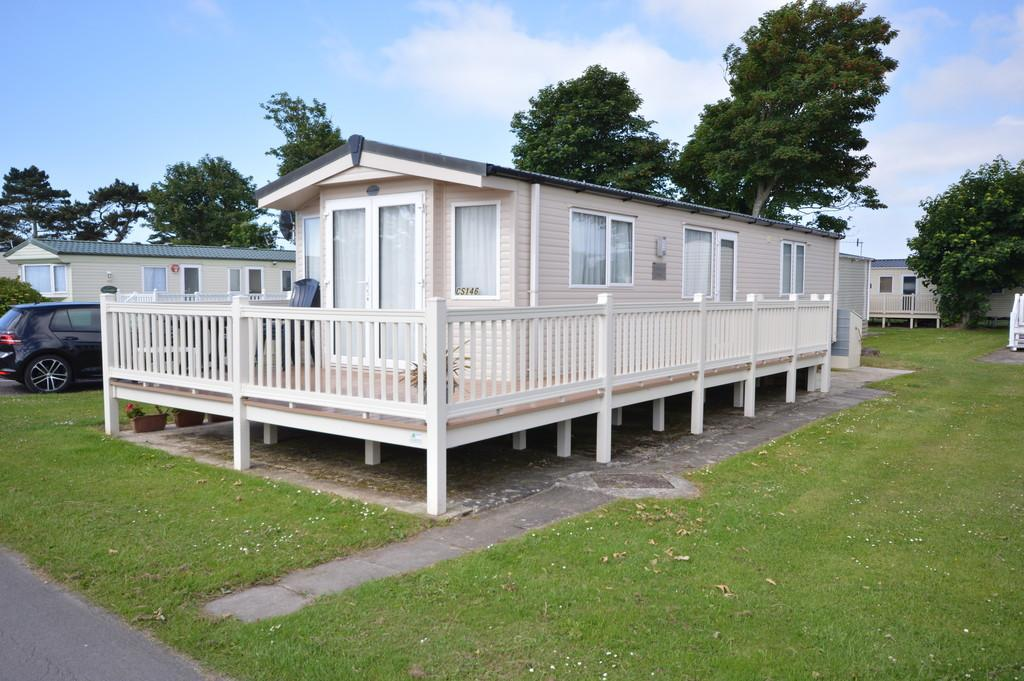 2 Bedrooms Mobile Home for sale in Naish Estate, New Milton