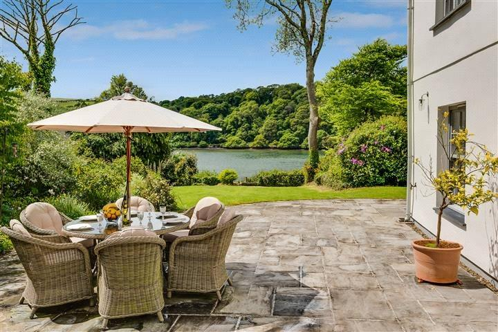 5 Bedrooms Detached House for sale in Cliff, Lostwithiel, Cornwall, PL22