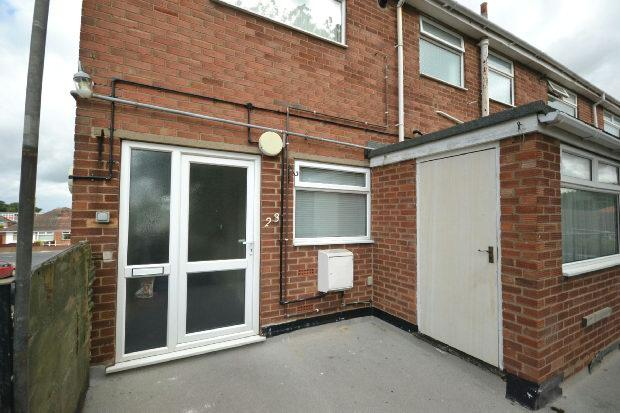 3 Bedrooms Flat for rent in Coniston Avenue, Grimsby
