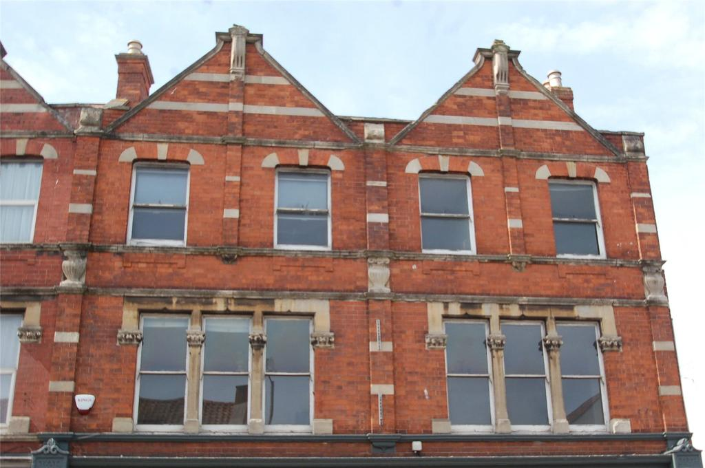 5 Bedrooms Maisonette Flat for sale in St John Street, Bridgwater, Somerset, TA6