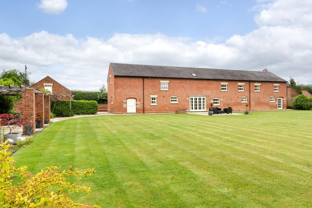 5 Bedrooms Barn Conversion Character Property for sale in Sandbach, Cheshire