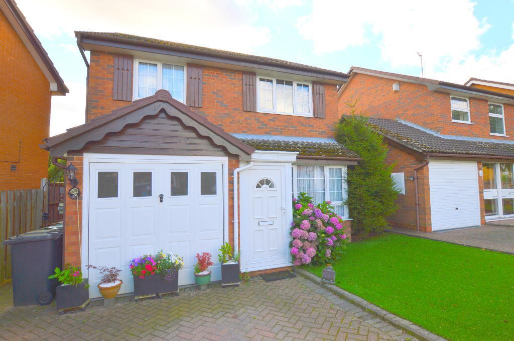 3 Bedrooms Detached House for sale in Ames Close, Luton, LU3 4AS