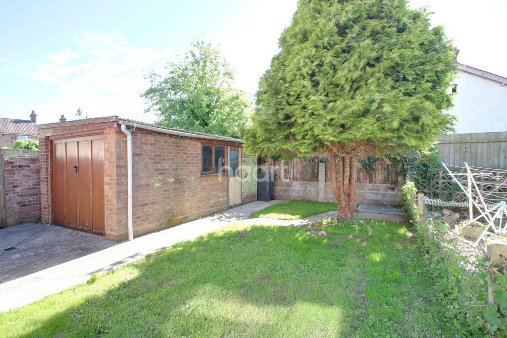 3 Bedrooms Semi Detached House for sale in Goring Road, Ipswich