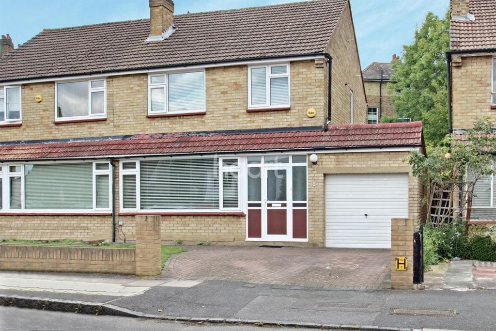 3 Bedrooms Semi Detached House for sale in Madeline Road, Anerley, SE20