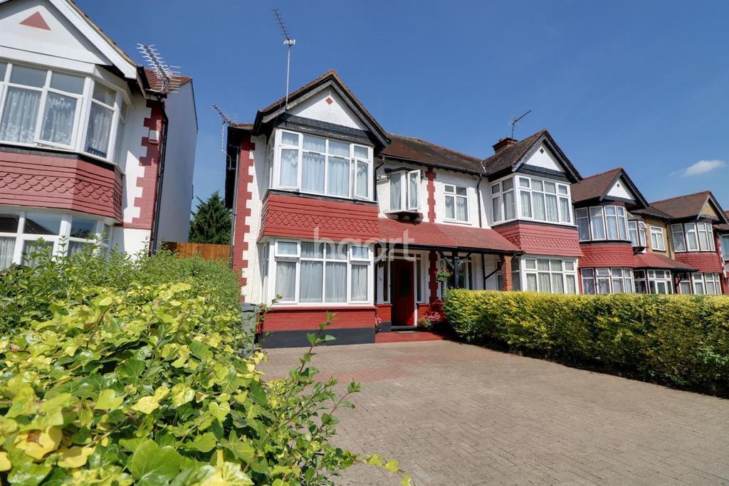 3 Bedrooms Semi Detached House for sale in Castleton Avenue, Wembley