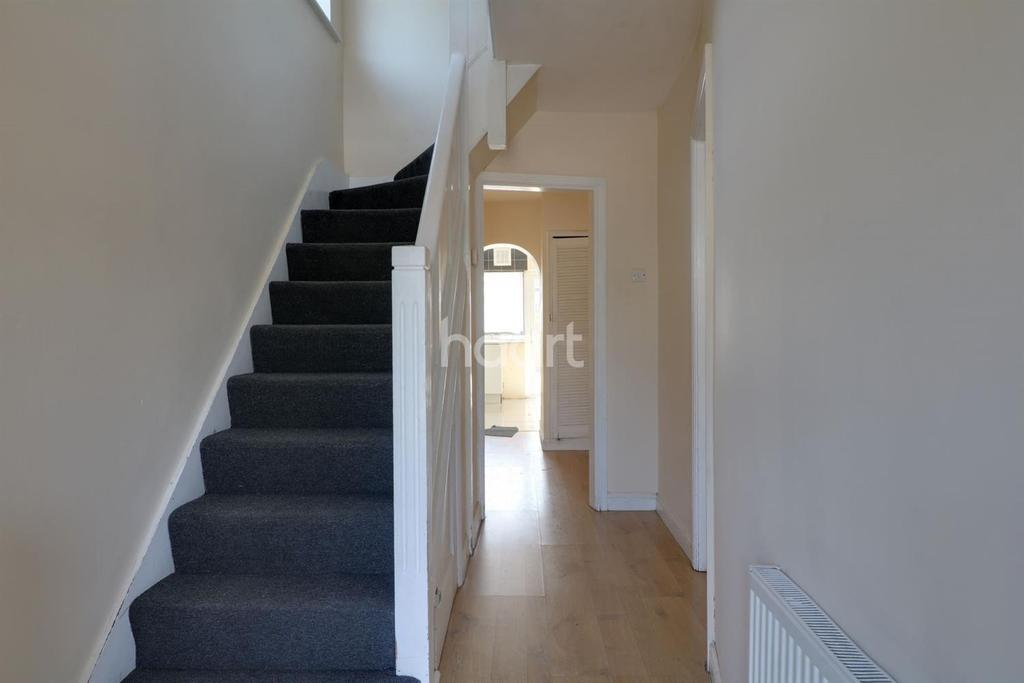 3 Bedrooms End Of Terrace House for sale in Northolt