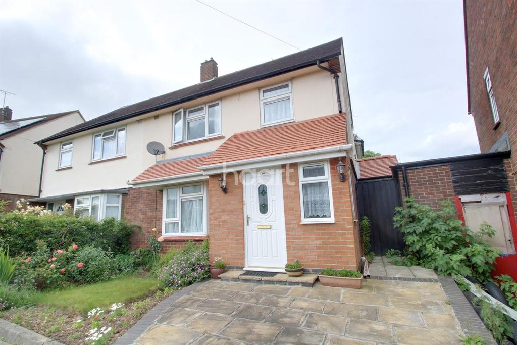4 Bedrooms Semi Detached House for sale in Family Home In Farley Hill
