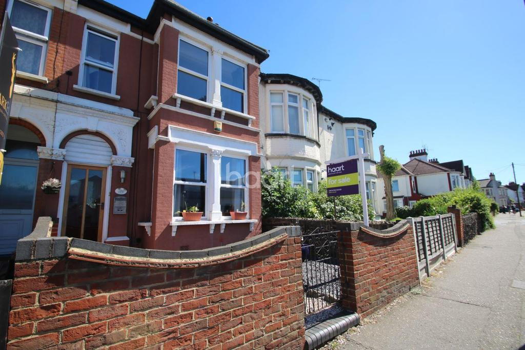 5 Bedrooms Terraced House for sale in West Road