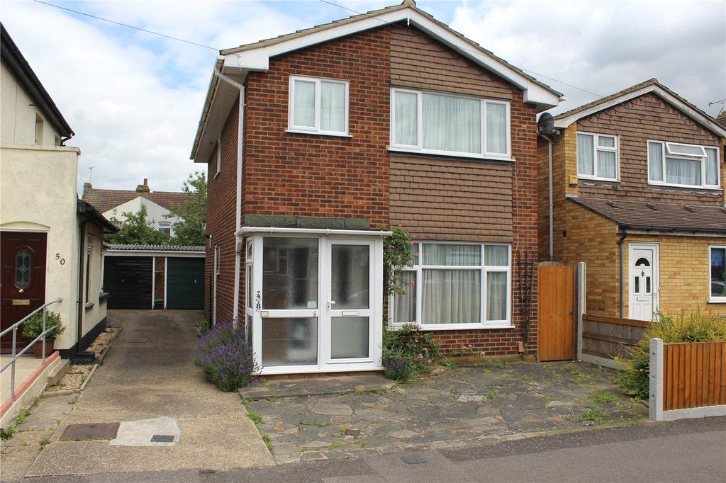 3 Bedrooms Detached House for sale in Brooklands Road, Romford, RM7