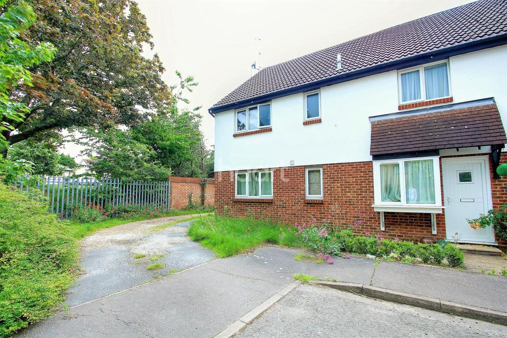 1 Bedroom Semi Detached House for sale in Tabor Road