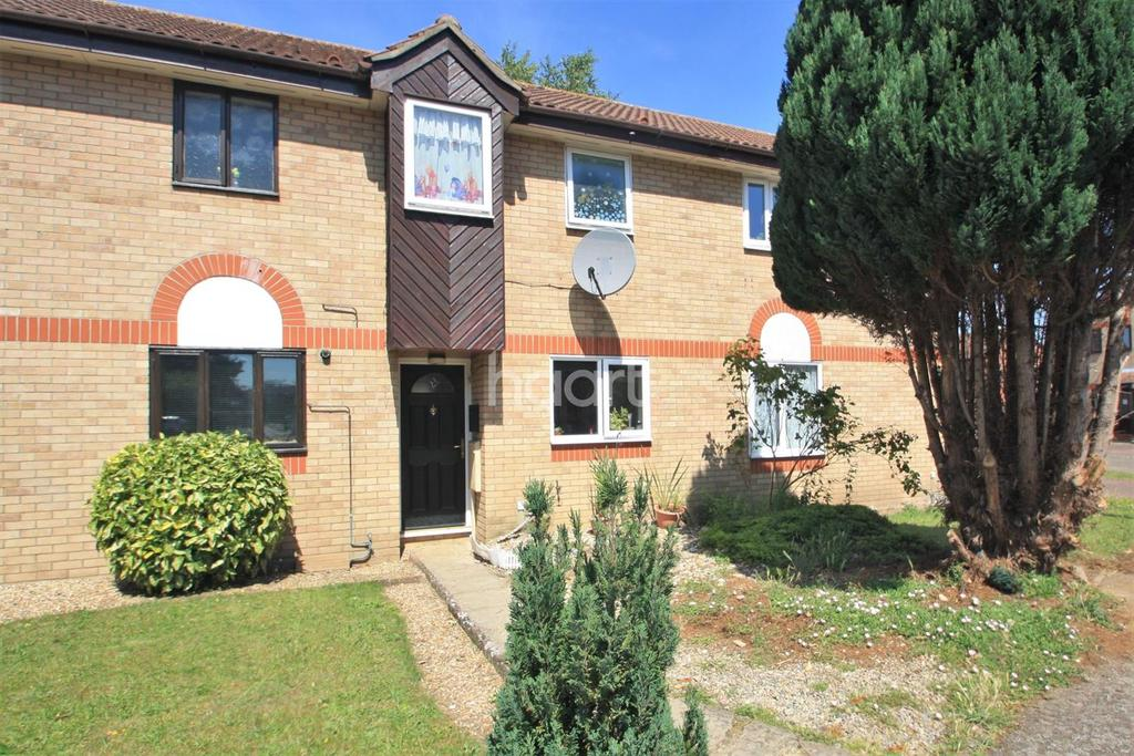 2 Bedrooms Terraced House for sale in Columbine Close, Thetford