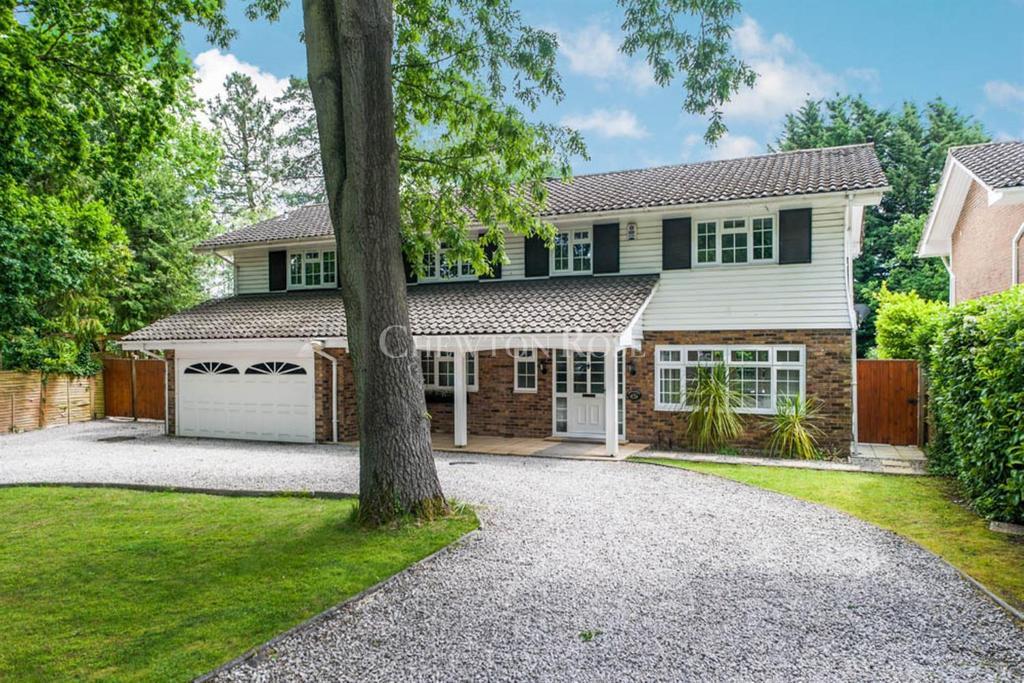 6 Bedrooms Detached House for sale in St Leonards Hill, Windsor