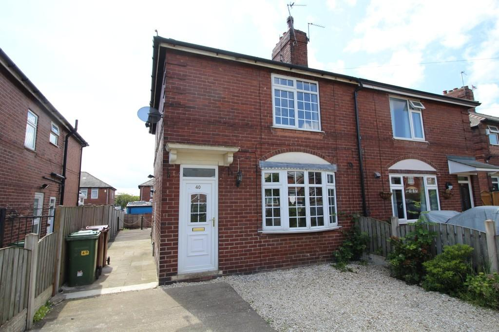 3 Bedrooms Semi Detached House for sale in Hanson Avenue, Normanton
