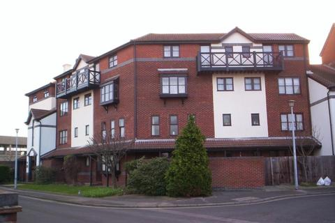 1 bedroom flat to rent - Armory Lane, Gunwharf Gate, PO1 2PF